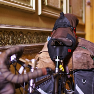 Antwerp bike saddle bag